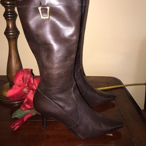 Circa Joan and David Brown Winter Boots Size 9 W